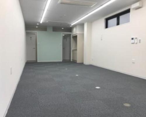渋谷区 JR山手線原宿駅の貸倉庫画像(2)